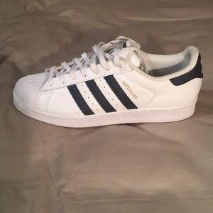 Brand New Adidas Originals Super Star Shoe